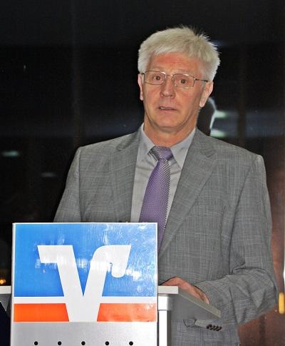 ARV Thaler spricht Dankesworte
